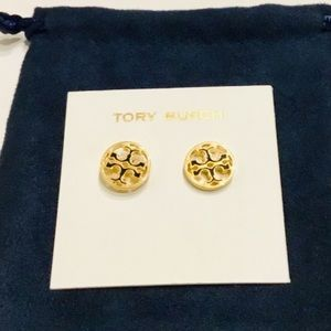 🛍Beautiful Tory Burch Earrings with Black enamel